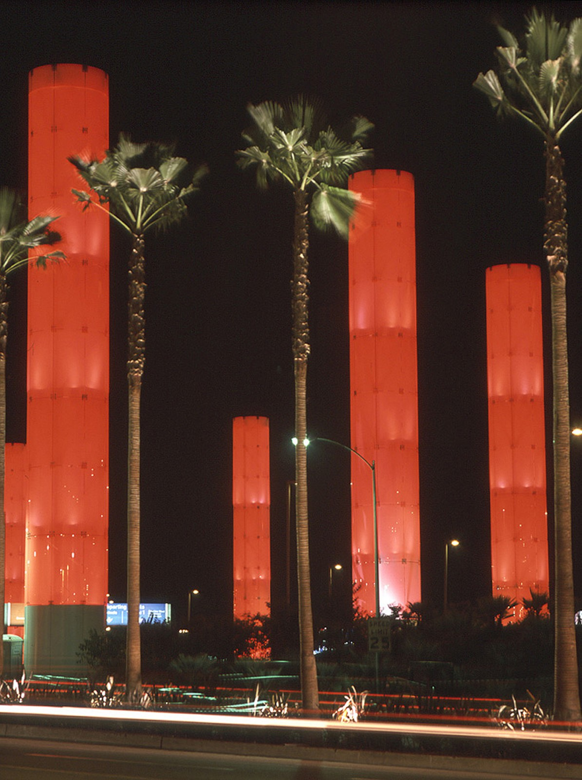 lax–kinetic-light-installation-slide-3